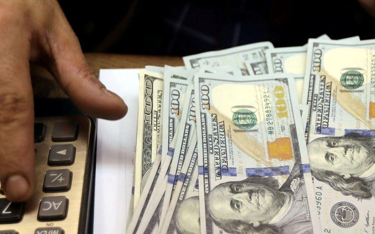 الدولار يقفز عالمياً لأعلى مستوى في 2021 والمتعاملون يترقبون قرار الفيدرالي