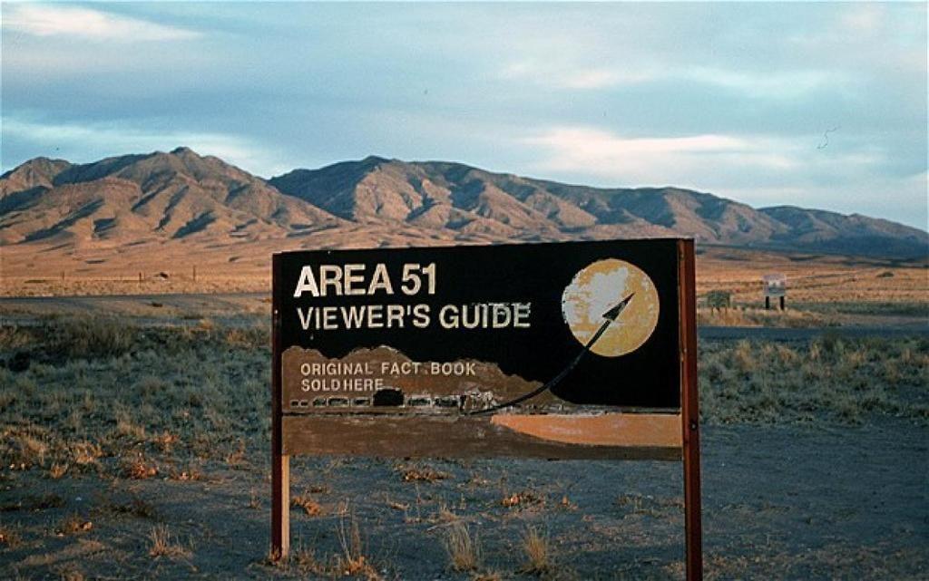 """لغز الكائنات الفضائية.. ما لا تعرفه عن """"المنطقة 51"""" التي تحافظ أمريكا على سريتها"""