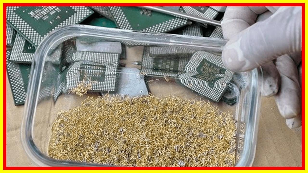 شابان يحصلان على غرام ذهب يومياً من خلال النفايات الإلكترونية.. إليك الطريقة ببساطة
